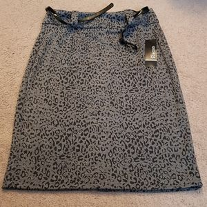 🌻George Ponte Pencil Skirt NWT🌻